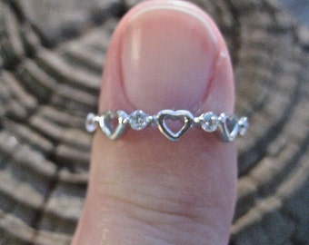 SALE Dainty Vintage 925 Sterling Silver CZ Heart Stacking Ring