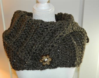 Crocheted Bulky Ribbed Capelet/Cowl With Flower Button