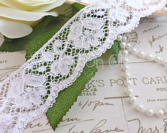 38mm White Vintage Style Lace, floral design, one straight edge, one scallop edge