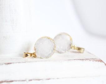 1 Piece - White Druzy Pendant - 15mm Round Druzy - Gold Pendant - Sparkling Druze - White Druzy Iridescent Druzy - Bulk Jewelry / GP-DP002