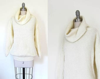 1990s vintage white cream ivory cowl neck long sleeve oversized  knit pullover jumper sweater s m