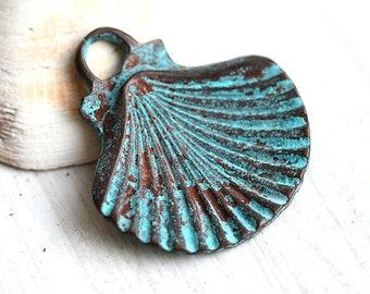 Large Shell pendant bead, Green patina on copper, Greek, Lead Free, 35mm, shell charm - 1pc - F341