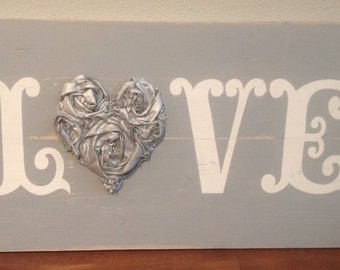 Love sign - Vintage // wedding sign // decor // wooden // photo prop