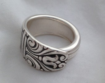 Spoon Ring Danish Queen 1944 Choose Your Size Vintage silverware Jewelry
