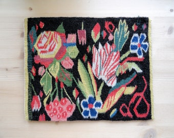 Traditional Swedish vintage woven wall hanging Floral miniature tapestry Primitive botanical decor Embroidered picture Framed wall art decor