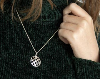 Basket weave round pendant necklace made of Sterling silver - Birthday gift idea