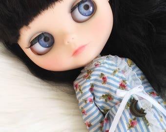 Custom Blythe Doll / darkest brown - black hair