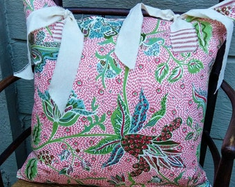 Farmhouse Pillow Cover in red, white and blue! - 20 x 20 inch