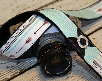 Camera Strap - Turquoise Arrow. dSLR Camera Strap. Camera Strap Compatible with Canon and Nikon.  Padded Camera Strap. Photographers Gift.