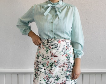 70s Peppermint Ruffle Collar Blouse / Fits up to a Large