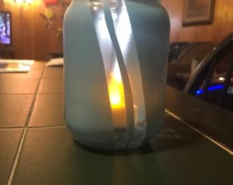 Painted mason jar with led tea light