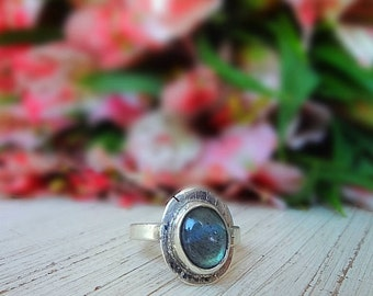Silver ring. 925 with labradorite style Boho
