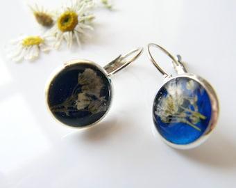 Pressed Flower Earrings, Blue Resin, Dainty Earrings, Botanical Earrings, Resin Earrings, gift for her