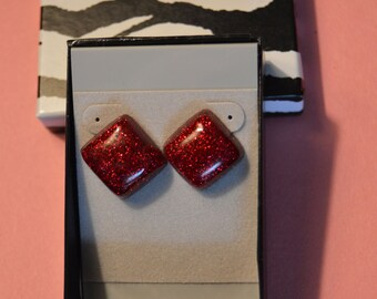 Red glitter, square / diamond, resin earrings with post backing