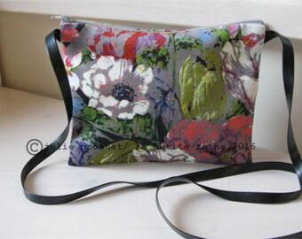 velvet purse Pop