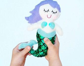 Sweet mermaid pocket pal