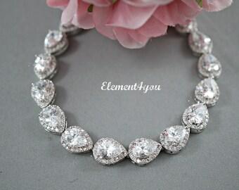 Cubic Zirconia Bridal Bracelet Wedding Jewelry CZ Bridal Bracelet Cubic Zirconia Teardrop Bridal Bracelet Bridal Accessories Bridal gift