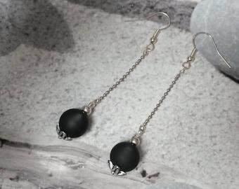 Solitaire Pearl Jet hemathite earrings