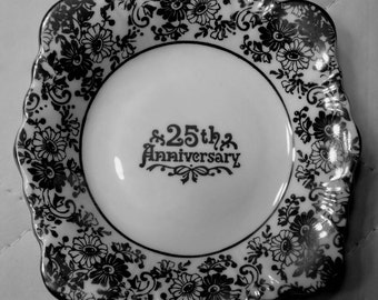 Royal Albert Silver Anniversary - 25th Anniversary candy dish