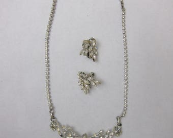 Lovely Coro Silver and Rhinestone Necklace and Matching Earrings Set (16)
