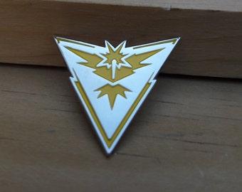 Team Instinct Metal Pin, Pokemon Pin, Pokemon Go Pin, Zapdos Pin