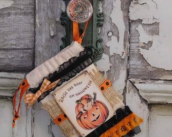 Halloween Vintage Pumpkin Girl Muslin Candy Bag / 4x6 / Gift Card Holder / Non Candy Favor / Altered Art Mixed Media / Halloween Decoration