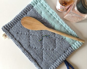 FREE SHIPPING LARGE Pot Holders Hotpads Cotton Thick and Quilted Blue / Trivet / Snack Mat / Coaster