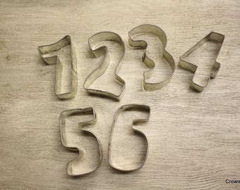 Number Cookie Cutters - Metal - 1-6 - Kitchen Decor - Rusty - Crafting Supplies