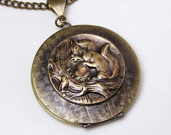Little SQUIRREL LOCKET, Necklace Pendant