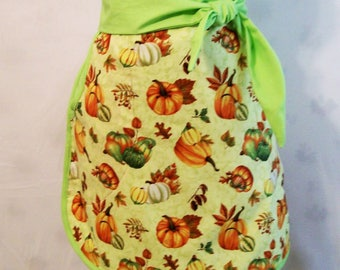 Woman's Green Pumpkin Lined Skirt Half Apron, Kitchen Apron, Handmade, Gift for Mom, Cooking Serving Apron, USA Made, #40A