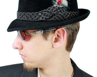 Mens Fedora - Vintage 50s 60s Mallory Fur Felt Hat & Box 6 7/8 Black Gray Red Feather FREE US Shipping