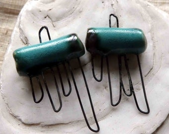Four Hooped Connector - Turquoise Crystal