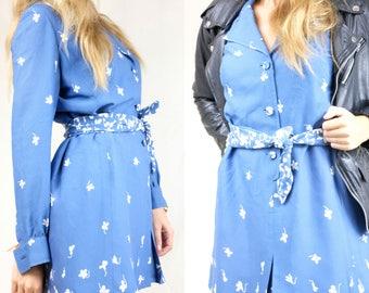 Flower print shirt dress with matching belt / Blue summer dress / Reclaimed vintage clothing / Size M / EU 38 40 / UK 10 12 / US 8 10