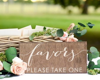 Wedding Favor Sign, Rustic Wedding Favors, Bridal Shower Favors, Favors Table Sign, Wedding Favors sign, baby shower favors, birthday party
