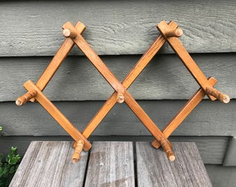 Vintage Wood Coat Rack, Wall Coat Hat Scarf Jewelry Peg Rack, Accordian Style Mug Holder, Expandable 7 Peg Clothing Rack, Rustic Wall Hooks