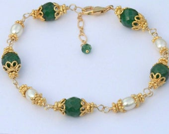 Emerald Bracelet Pearl Bracelet Green Emerald Bracelet Gold Gift for Wife Gift for Mom May Birthstone Jewelry Wife Mother's Day Gift For Her