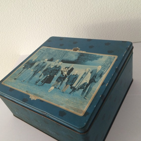 Delacre biscuit tin or jar with a picture of the Belgian Royal House