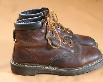 Vintage 1980s / 1990s Men's Dr Martens Brown Leather Lace Up Ankle Boots UK 9 US 10 Made in England