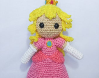 Amigurumi Princess Peach Doll