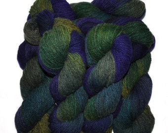 Hand dyed yarn - Alpaca / American wool yarn, Worsted weight, 240 yards - Mama-Quilla