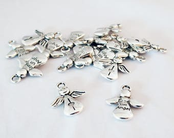 """BMN66 - Set of 2 small charms """"Eres Un Angel"""" Angel Wings pattern silver color heart"""
