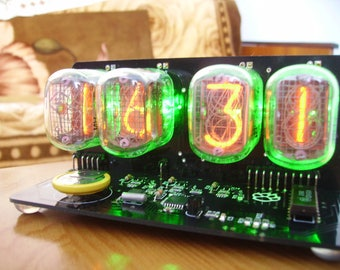 in-12 NIXIE TUBES CLOCK with green backlight