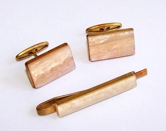Set Vintage Cufflinks and Tie Clip. Pair of nacre plastic cufflinks. Soviet Memorabilia. Gift for him