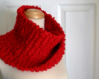 candy apple. red cowl . chunky knit neck warmer . ruby red handknit mobius cowl . warm cozy vegan knitwear fall fashion winter accessories