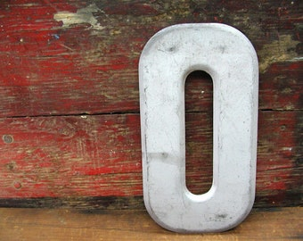 """Vintage Metal Letter O Number 0 Number Zero Sign 7 1/2"""" Large Thick Tin Sign Marquee"""