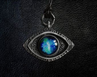 Cosmic Eye Watcher Badge Pendant - Bloodborne Inspired