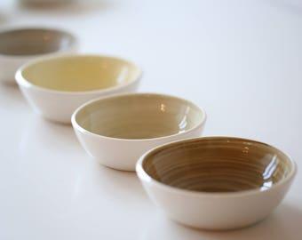 Four porcelain bowls 18-244