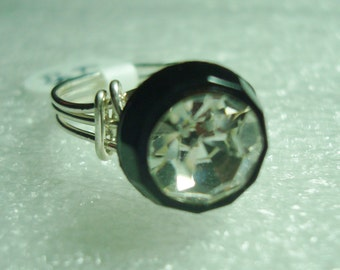 Swarovski Button in Silver Wire Wrap - R286 - Size 7