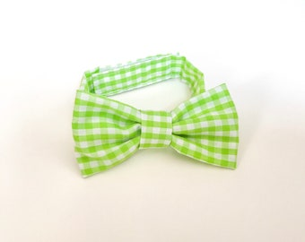 Green checked Bow Tie ~ Baby Bow tie ~Green white bow ~ Daddy and me bow tie~ page boy bow tie~ wedding bow tie~ Spring bow~ groomsmen tie