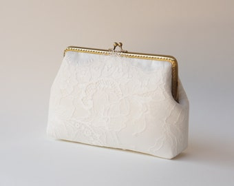 Precious White Lace Purse / bridesmaid gift /  Evening clutch / Formal Party Purse / READY TO SHIP